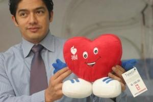 "Juan Carlos Eggenberger, Director General de Teletòn Guatemala, nos presentó a ""Teletin"".  Fotografía: Robin Martínez/CGN"